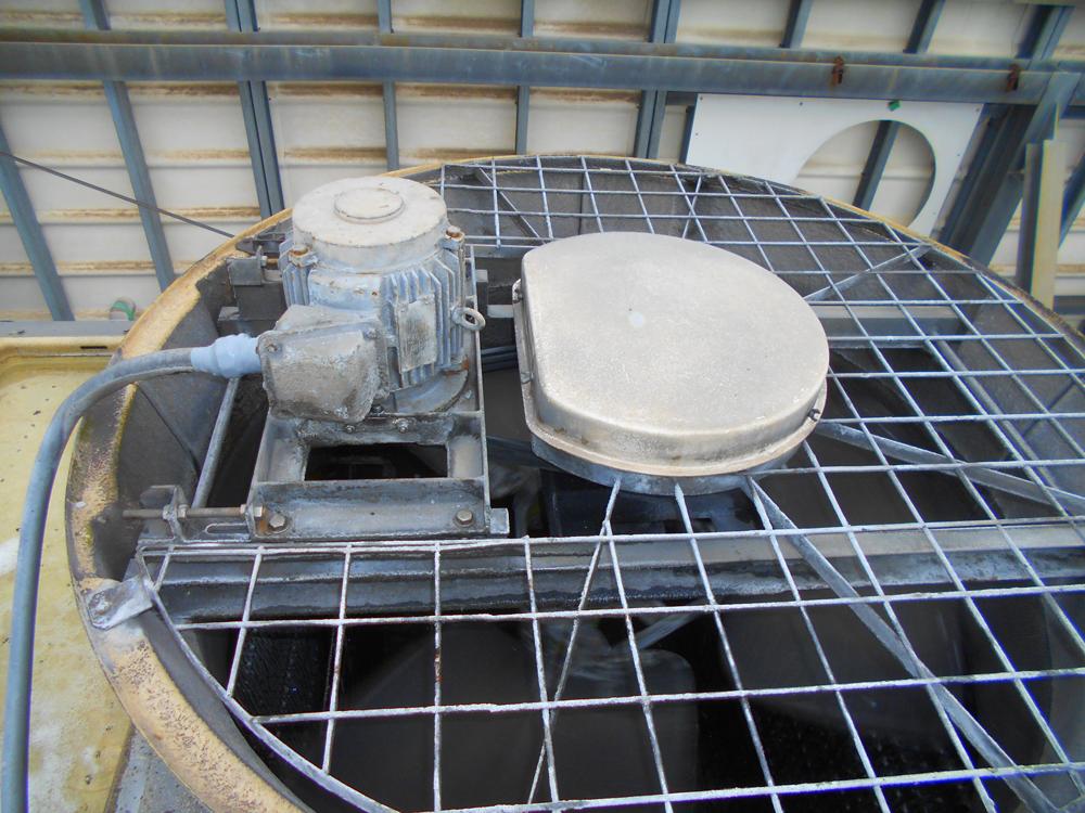 東芝 密閉式冷却塔 RTE-150N